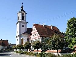 Unterwachingen Kirche und Pfarrhaus